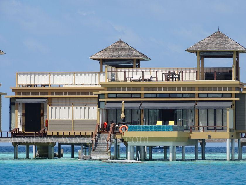 In Ocean Villa