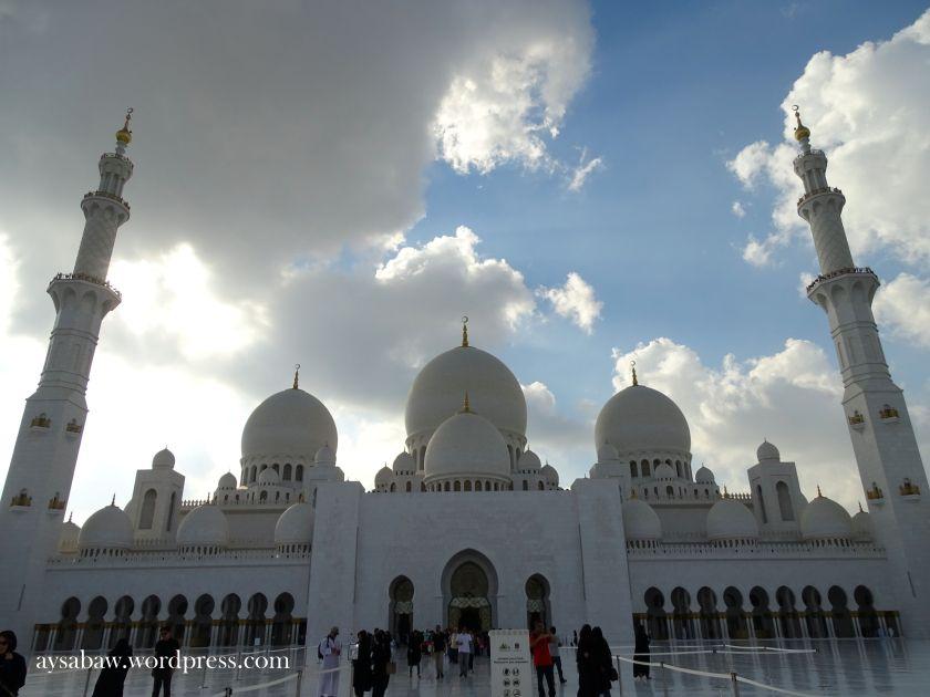 Grand Sheikh Zayed Mosque 11