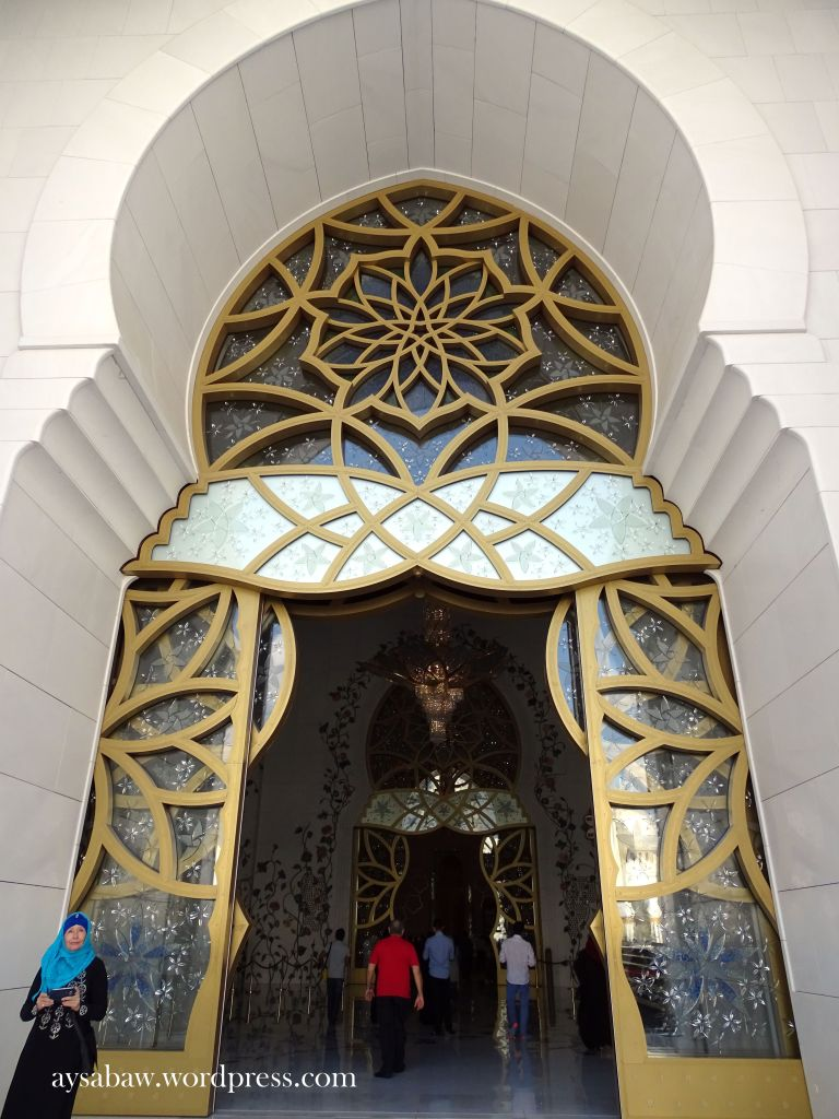 Grand Sheikh Zayed Mosque 13