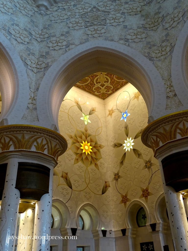Grand Sheikh Zayed Mosque - 14