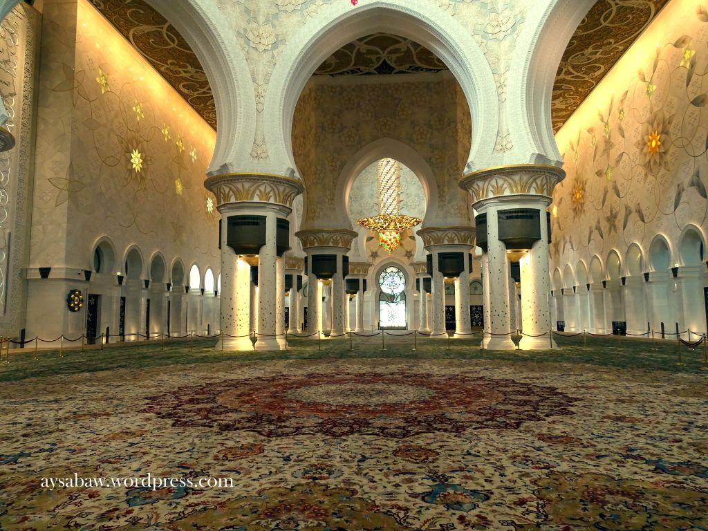 Grand Sheikh Zayed Mosque - Interior