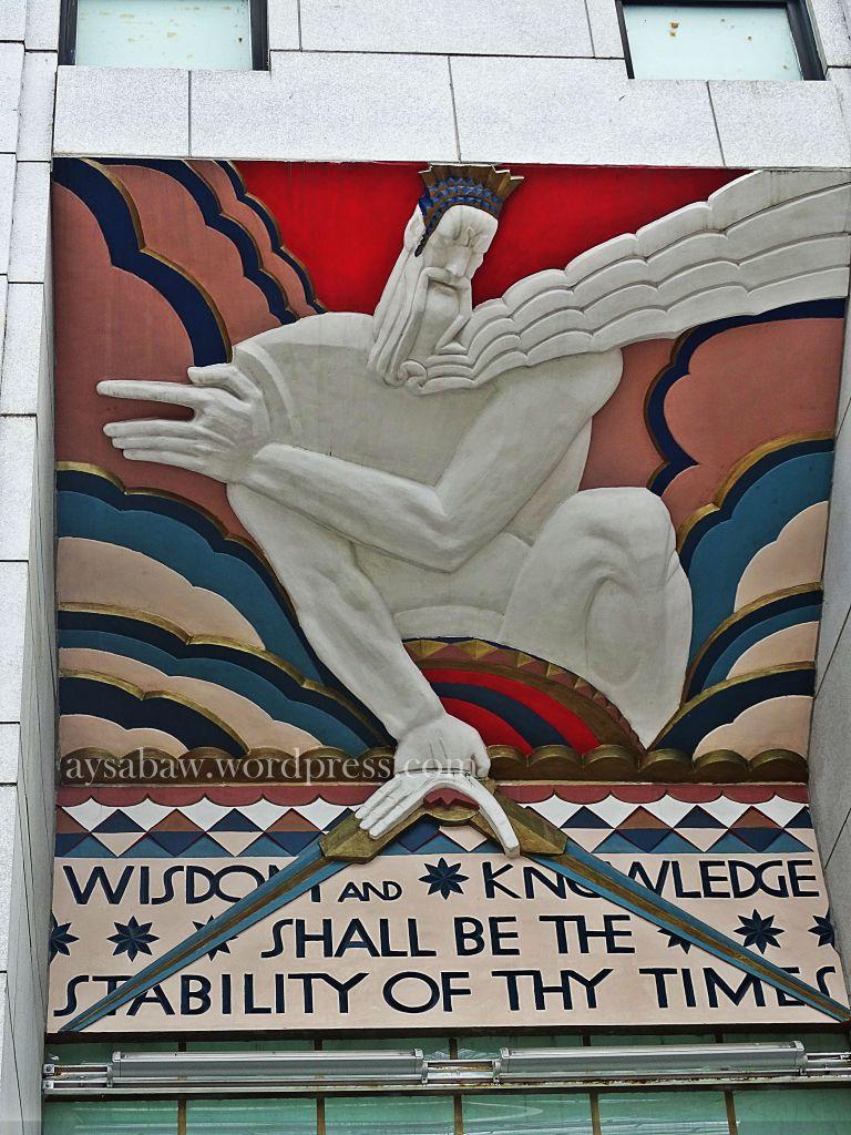 Wisdom Statue