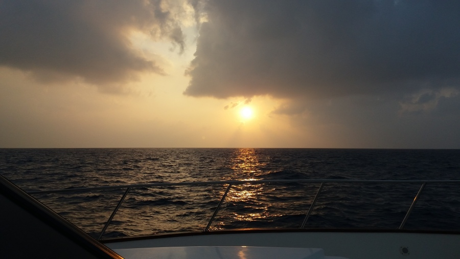 maldivian-sunrise